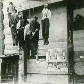Мирные жители, повешенные немцами. Сталинград, 1942