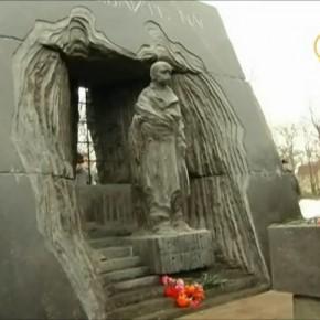 Памятник в Санкт-Петербурге узникам конц. лагерей